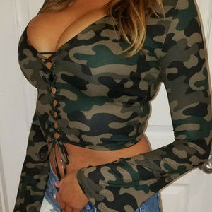 Tops - SEXY CAMO LACE UP LONG SLEEVE CROP CLUB TOP FLARE